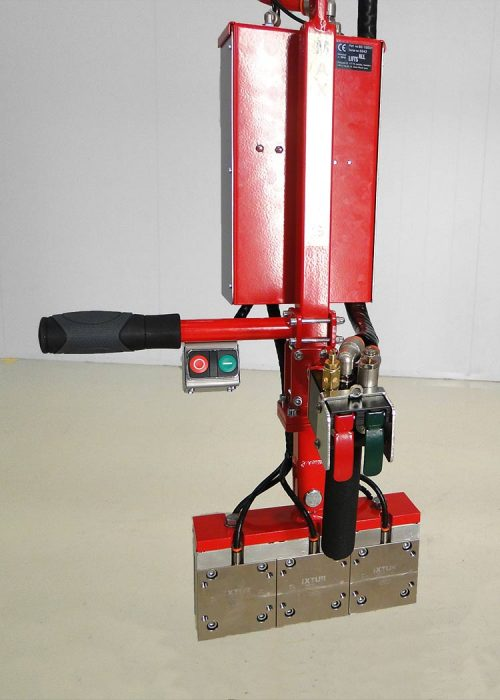 LAMG 135 magnetic gripper with Pro speed-handle control
