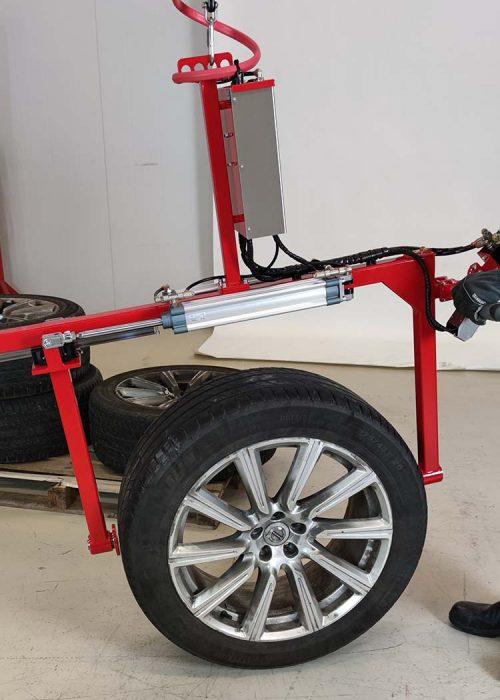 Wheel gripper