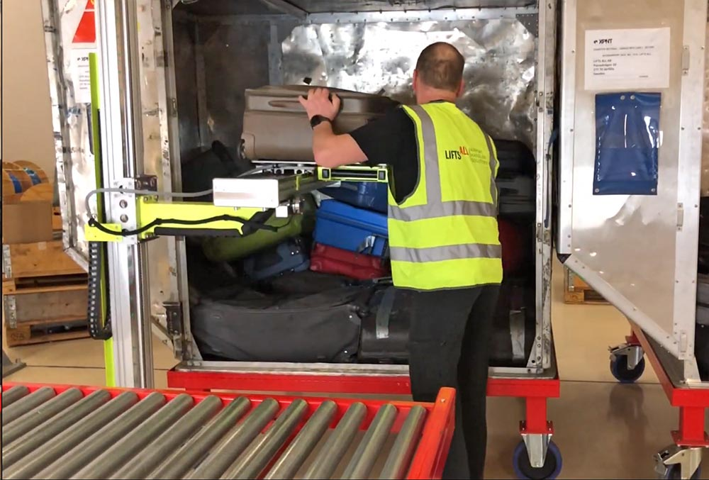 Lifts All recieves order from Copenhagen airport of 12 container loaders